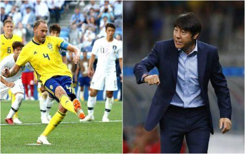 """Đã trắng tay trước Thụy Điển, HLV Hàn Quốc còn bị """"bóc mẽ"""" vì viện lý do khó chấp nhận"""