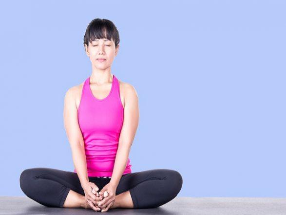 Mách bạn 5 bài tập yoga tốt cho tử cung