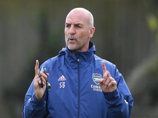 Tổng hợp bóng đá Anh 26/3: Arsenal chia tay Steve Bould